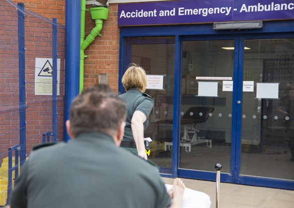Frailty phone offers ambulance crews hotline to specialist support
